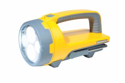Ruční nabíjecí LED svítilna se světelným výkonem 2500 lm, HAWK-STAR obr.1