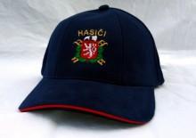 Čepice k PS II s výšivkou znaku SDH a červeným lemováním